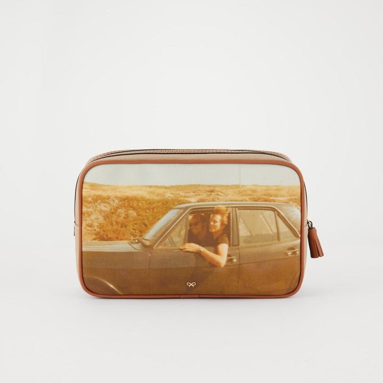 アニヤハインドマーチBe A Bag Washbag Large