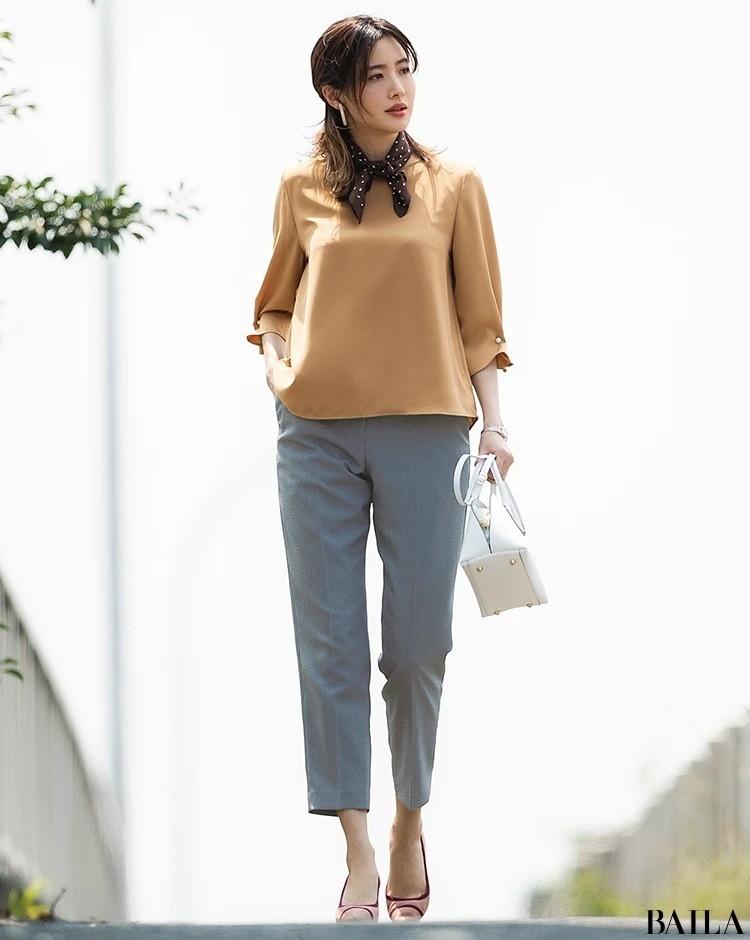 秋ファッション_ブラウン_通勤コーデ