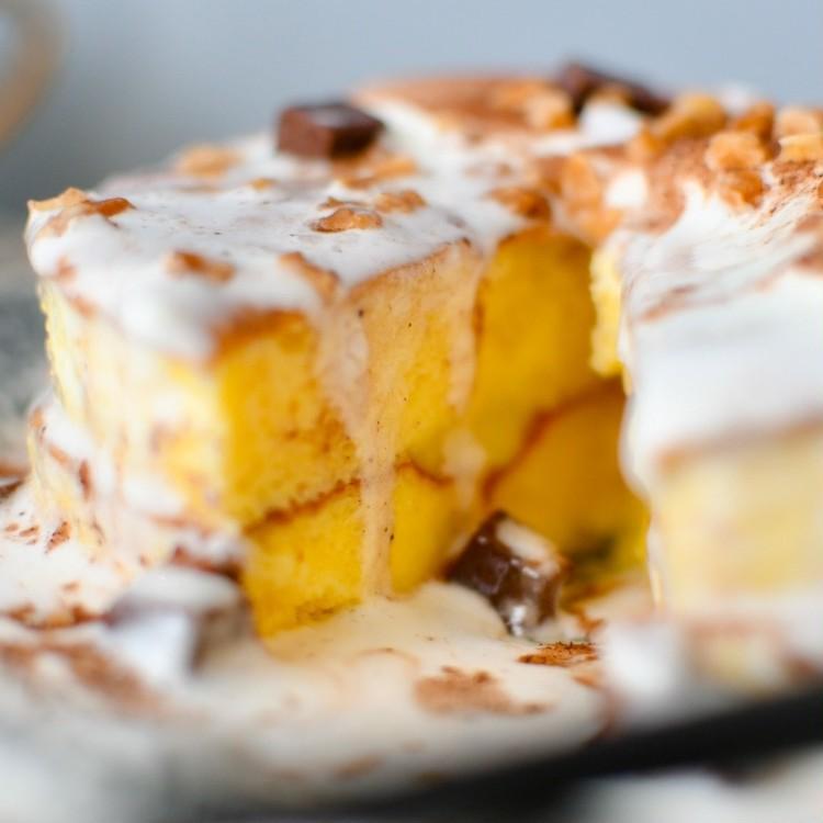 セブンイレブンのおすすめスイーツ「7プレミアム とろーりクリームのパンケーキ(チョコ)」