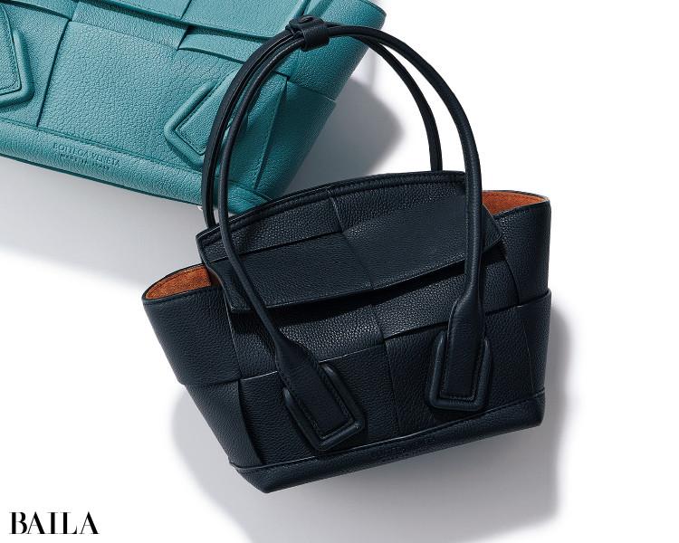 ボッテガ・ヴェネタのバッグ「ミニ ザ・アルコ」