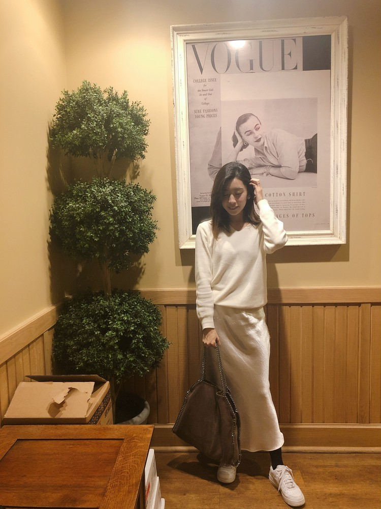 """最近のお気に入り""""デカ""""bagと白スニーカー。♡_4"""