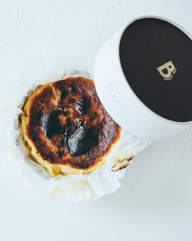1.【BLANCA】バスクチーズケーキ(大人の焦げチー¥4600)