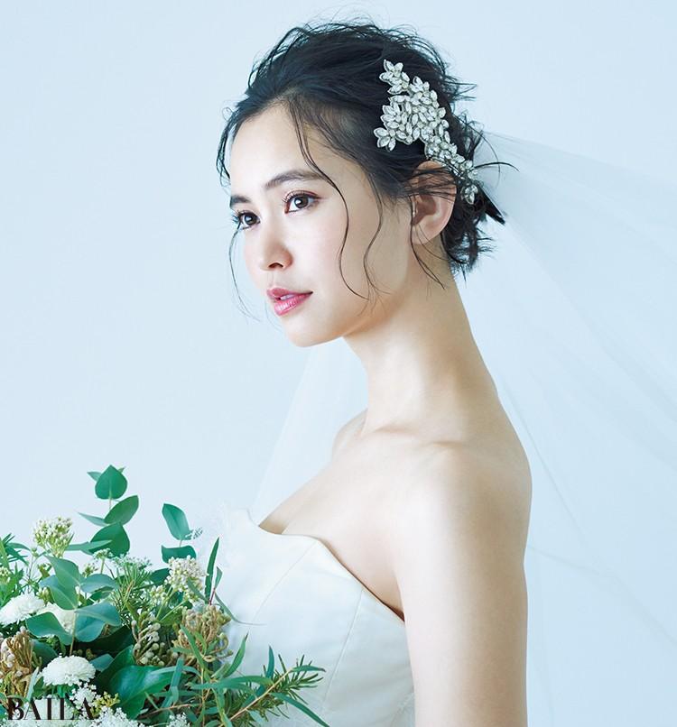 【花嫁の髪型&メイクまとめ】最高の1日のための39選!ヘッドドレスやヘアアレンジも♡【結婚式で最高の花嫁になる!2】_13