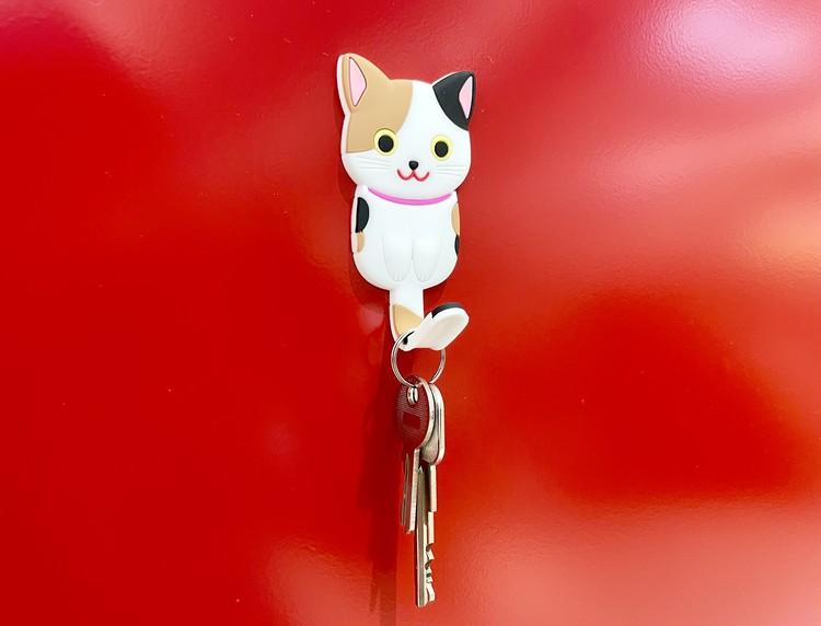 【セリアの猫グッズ5】インテリアマグネットフック ネコ