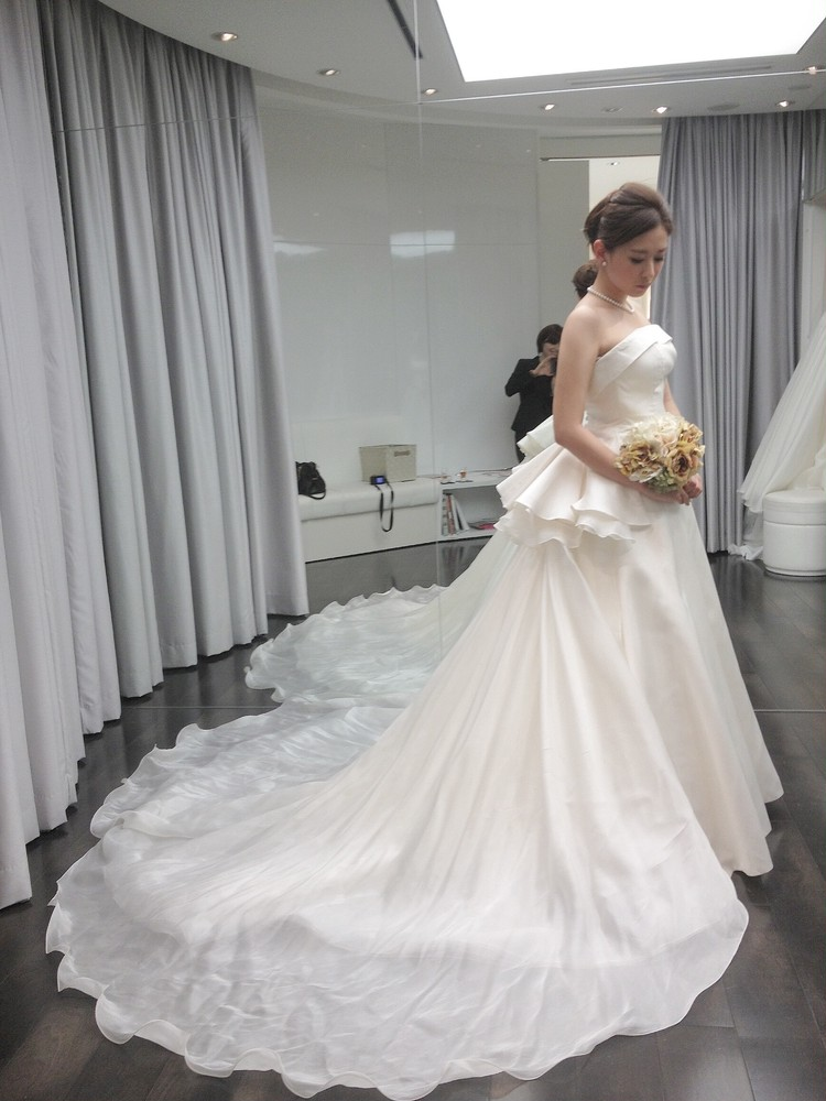 【婚BAILA】ウェディングドレスと結婚式_4