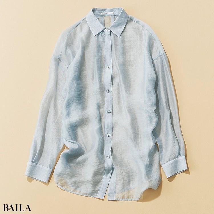 きちんと顔のシャツを透け感でアップデート