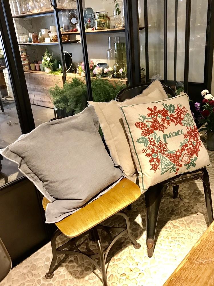 ZARA HOME(ザラ ホーム)のクリスマス向けクッションカバー