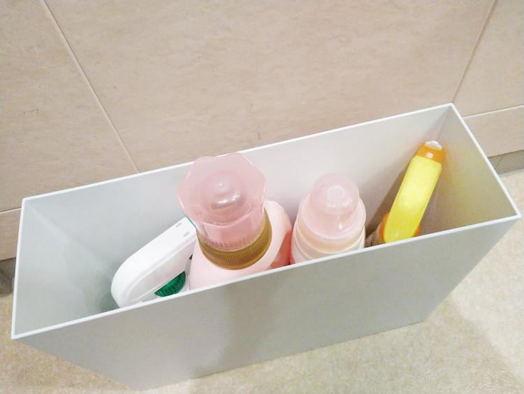 洗剤を収納したファイルボックス