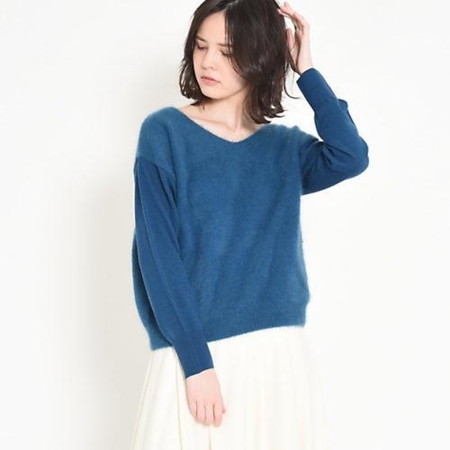 ホワイトコートが見違える! ブルー×赤みレッドで、新鮮冬コーデ♡_6
