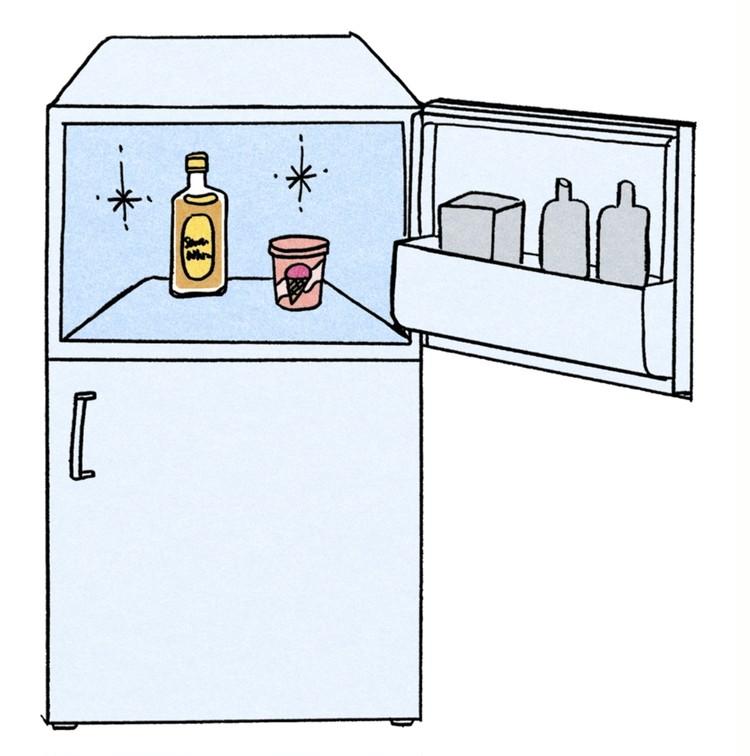 美味しいハイボールのつくり方 ①角瓶を冷凍庫でキンキンに冷やす