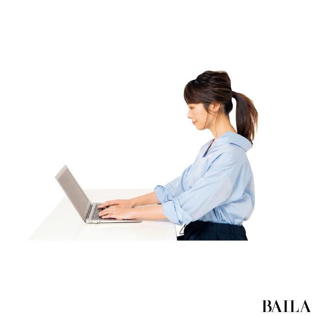 デスクワークでオフィス美人【姿勢で-2kgヤセ見え⑥】_2