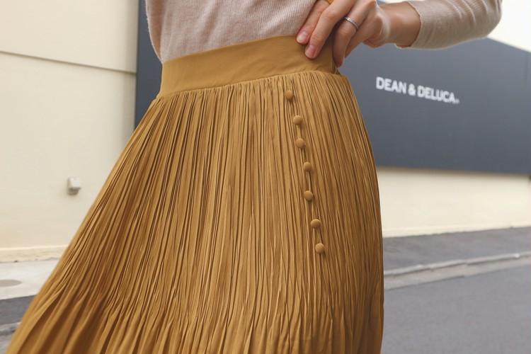 今年は着回力のある服を!今買えば春まで着れるスカートを紹介♡_3