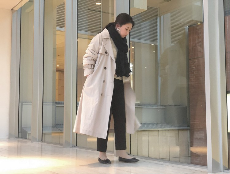 """【トレンチコーデ】春の""""似合う""""が見つかるBAILA3月号_9"""