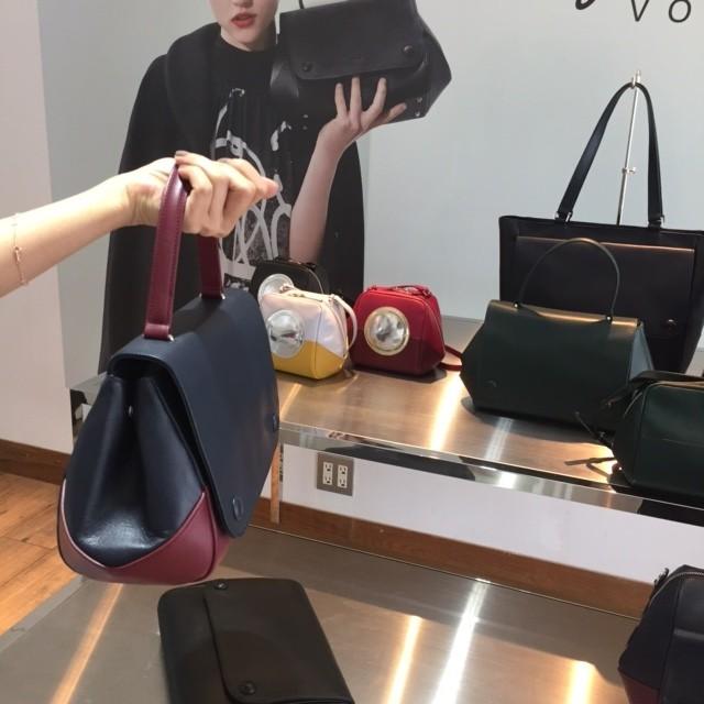 アニエスベー・ボヤージュのバッグのクラシカルさが気になる!_2
