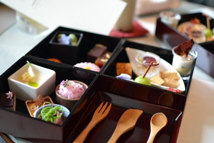 【気分は京都】パレスホテルの和のアフタヌーンティーが美味_2
