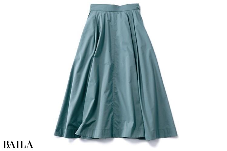 プラステのくすみグリーンスカート