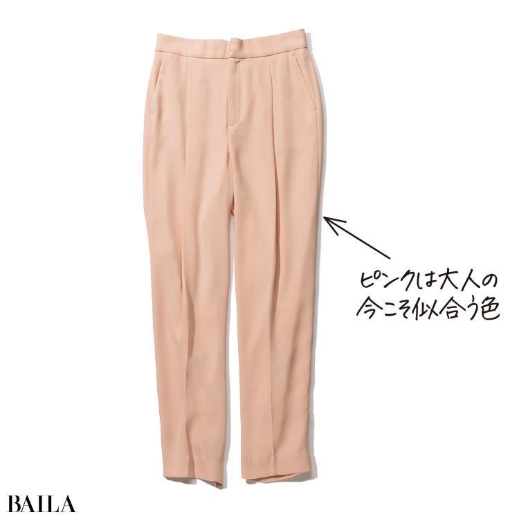 淡ピンクパンツ¥13500/ノーク(ノーク バイ ザ ライン)
