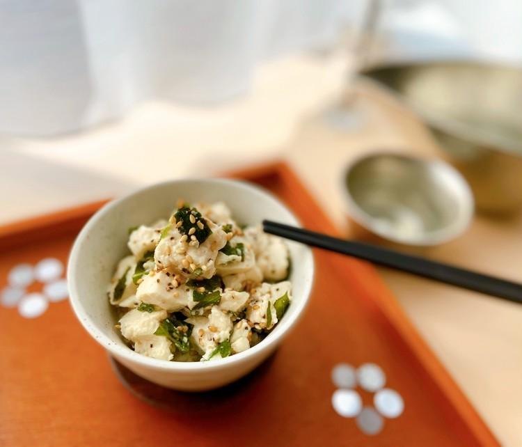 おうち時間に簡単おつまみレシピ! ビールに合う包丁いらずのくずし豆腐
