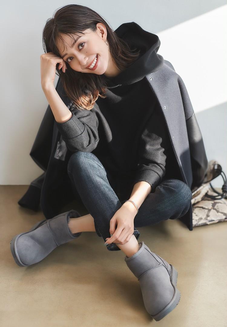 【UGG®️の最旬ブーツ大人の5選&5コーデ】スニーカー感覚の新型「CLASSIC ULTRA MINI」も話題!_5