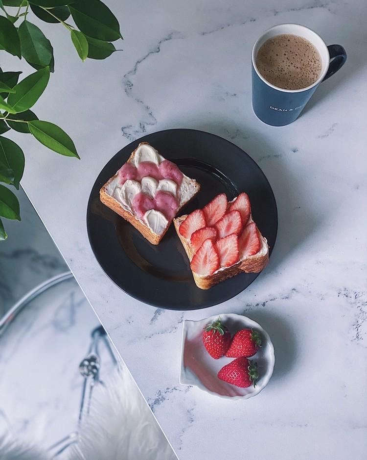 【SNSで人気】簡単ウェーブトーストでお洒落な#おうちカフェ