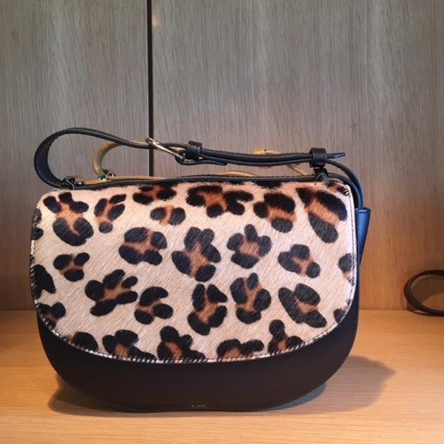 A.P.Cのレザーバッグや小物はデザインも値段も超優秀!_2_3