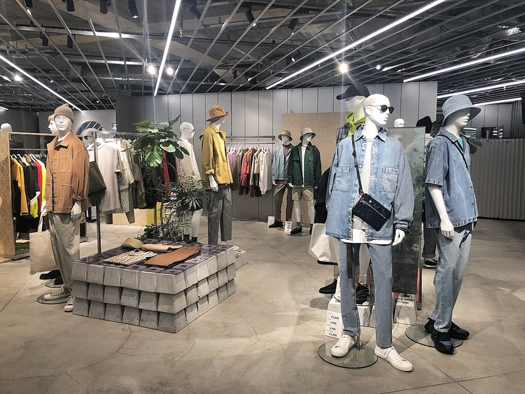 【GU】春夏2020新作②30代オンオフ着れる高見えアイテム メンズも紹介_7
