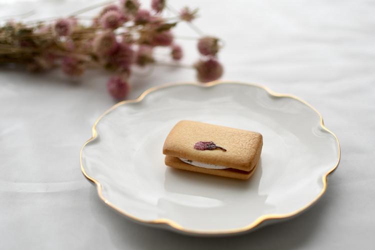 無印良品の期間限定・桜のクリームサンドクッキーがおすすめ