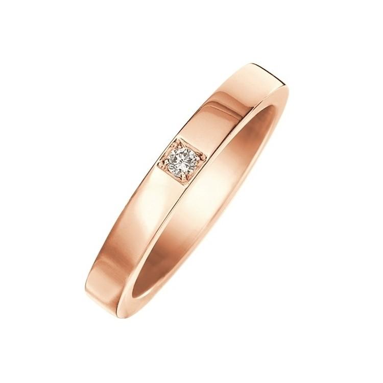 「マリー・ミー」マリッジリング(PG×ダイヤモンド)¥129,000/ ブルガリ ジャパン