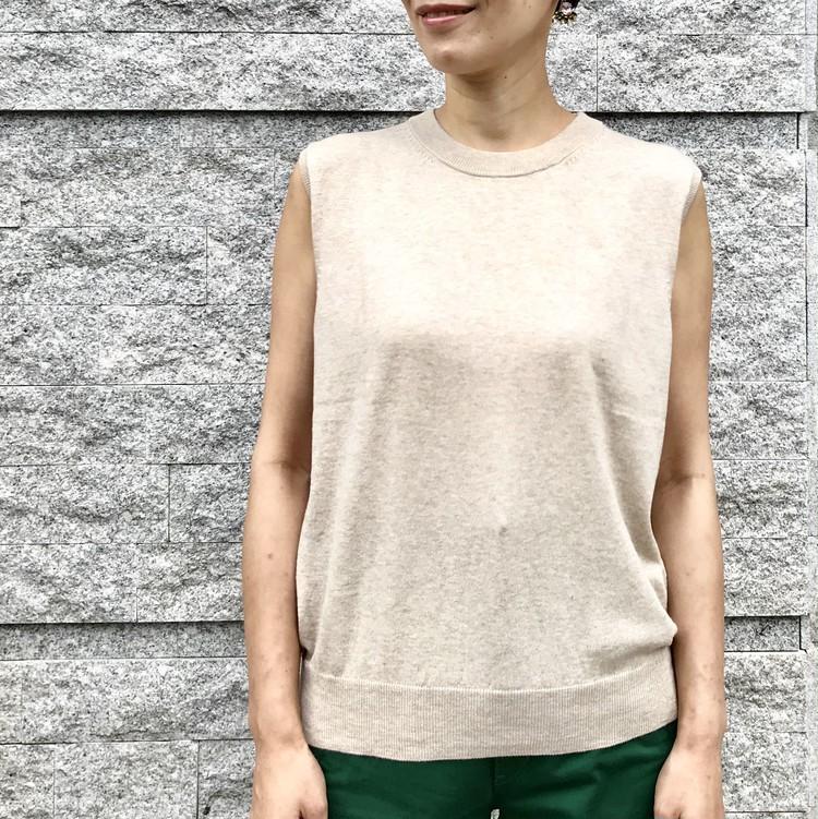 ¥990で大人女子も高見えきれい!【ジーユー(GU)】超高コスパTシャツ&トップス人気4選_11_3