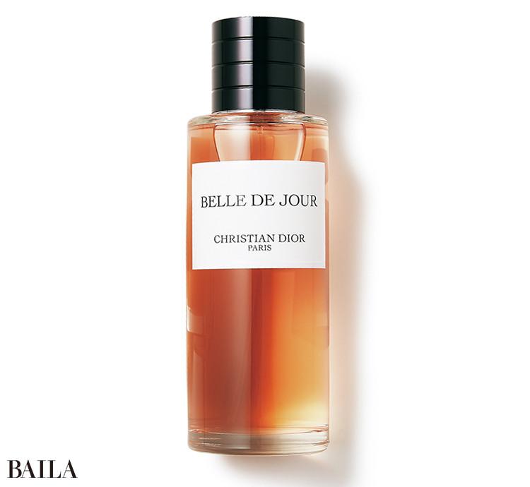 「夜寝る前につけると、朝起きたときの残り香が至福」。オードゥ パルファン250㎖ ¥36500/パルファン・クリスチャン・ディオール