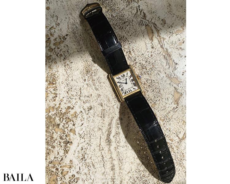 ずっと欲しいと思っていて30歳で購入したカルティエの時計