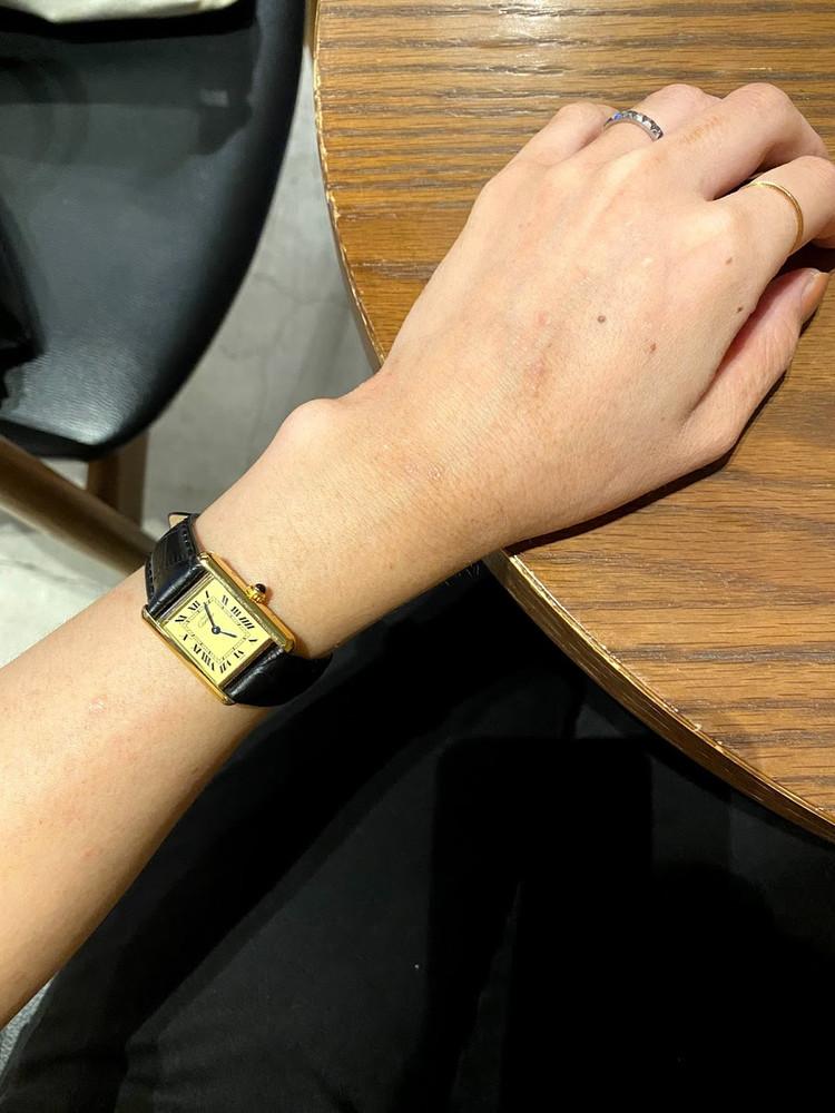 小物がテーマのBAILA最新号!MY最愛時計はカルティエの…_2