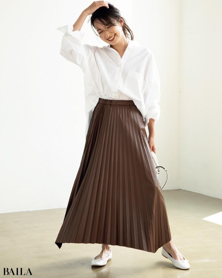エコレザーのプリーツスカート