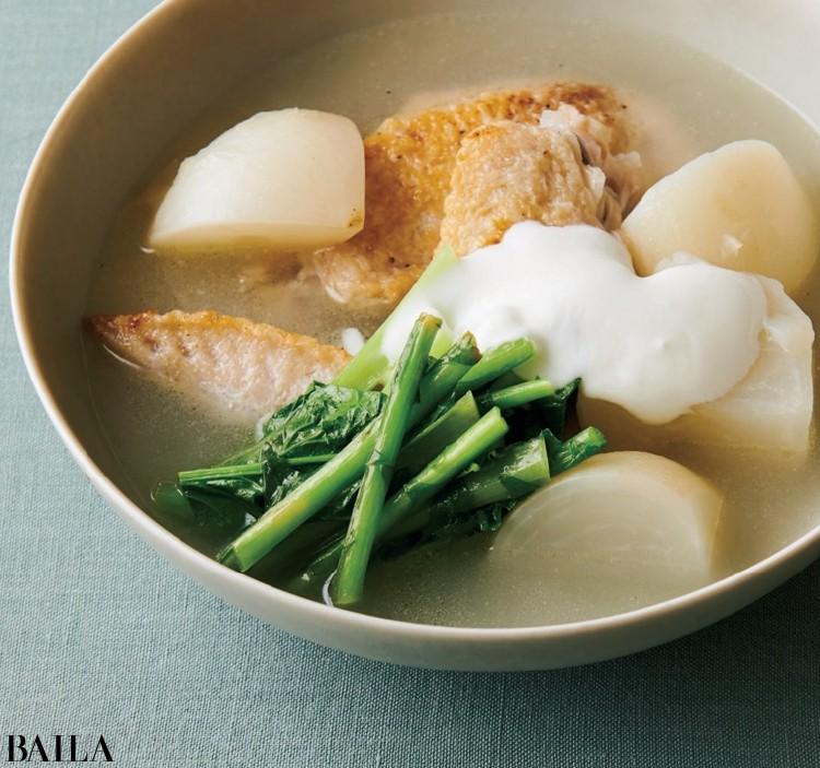 【温野菜レシピ】爽やかな味わい「かぶと手羽先のヨーグルトレモンスープ」_1