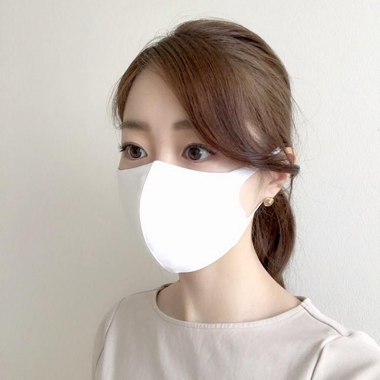 水着素材のマスクの方がすっきり爽やか