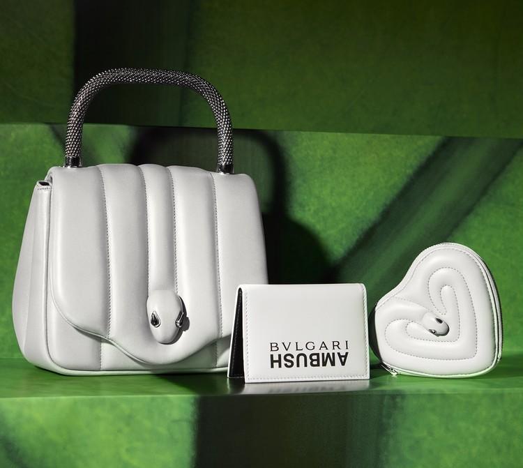 (左から)「AMBUSH × BVLGARI」トップハンドル(24 x 18.5 x 11)各¥320000・「AMBUSH × BVLGARI」クレジットカードホルダー(11 × 7.5 × 1)¥44000・「AMBUSH × BVLGARI」コインパース(10 × 11.5 × 2.5)¥63000/ブルガリ ジャパン(ブルガリ) ※日本限定カラー