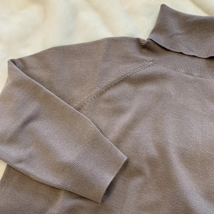 【ZARA】ベーシックなハイネックセーターを2色買い_2