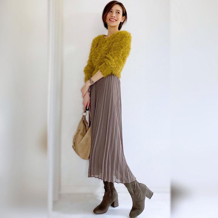 GUプリーツスカートと付録タイツで冬の華やかフェミニンコーデ_5