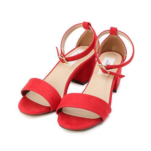 きちんとモノトーンコーデは、足もとに女らしさをひと匙♡_10