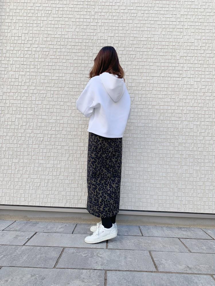¥1.990+taxUNIQLO素材感抜群の柔らかスウェット_2
