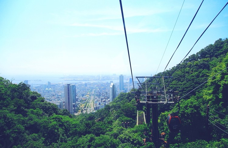 クラシカルなカフェから神戸の町並みを。景色を楽しむお店へ①【関西のイケスポ】_1