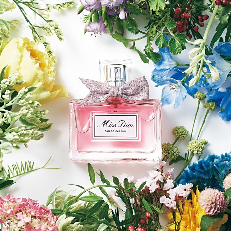 【新木優子×Dior】私を幸せにするのは私だから。愛が目覚める香り、慈しむルージュ_1