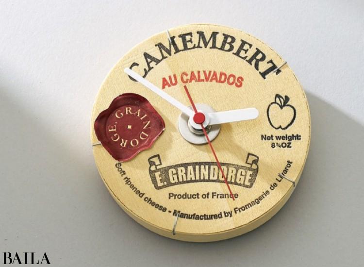 チーズケースの時計 ¥5000/TRICO(クニオ・コット)
