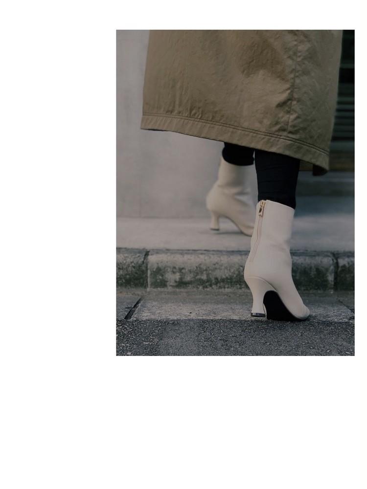 SENSE OF PLACEのオフホワイトブーツで秋冬コーデ_9