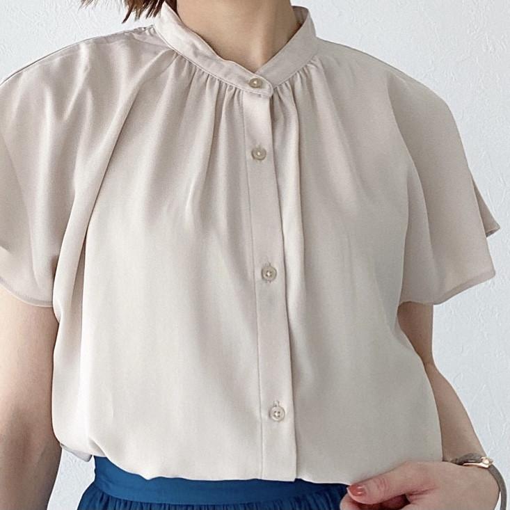 GU990円の高見えシャツで大人の着回しベージュコーデ!_5