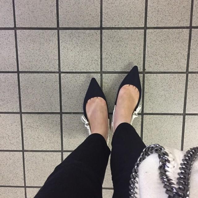 着こなしの幅をぐっと広げる、すごい靴_4