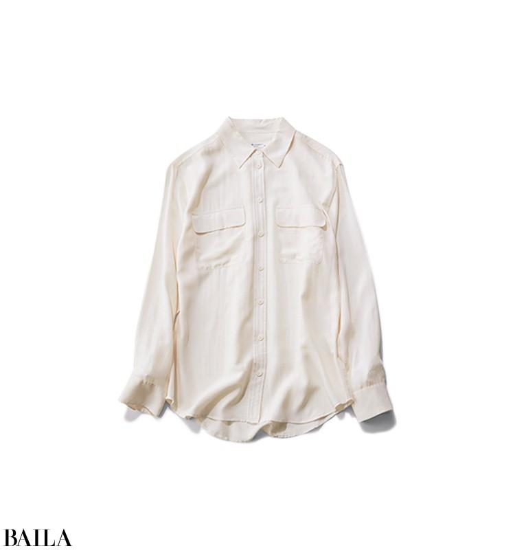 やる気が出ない日は、白ブラウス×華スカートのきちんと見えコーデ【2019/1/7のコーデ】_2_3