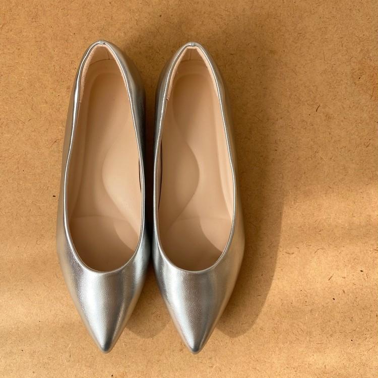 ¥2990で買える通勤靴向け隠れ名品♡【ユニクロ(UNIQLO)】のパンプスが圧倒的にはきやすい!_2
