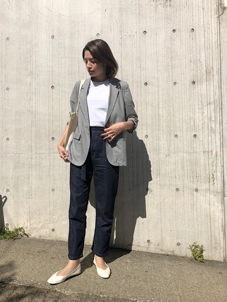 ユニクロのライトシャツジャケット