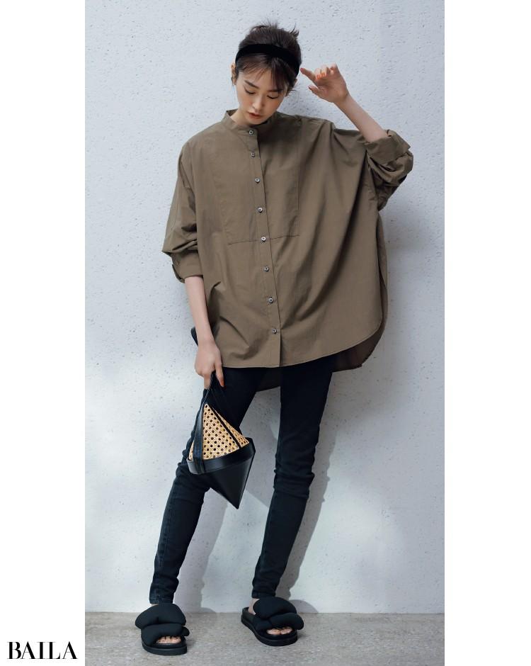 パリッとハリのあるマニッシュなバンドカラーシャツコーデの桐谷美玲